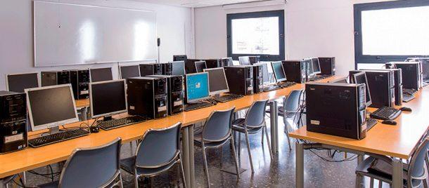 espacios-aulas-informática-2