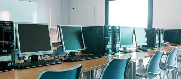 espacios-aulas-informática-3