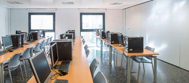 espacios-aulas-informática-4