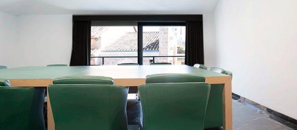 espacios-salas-de-reuniones-sala-de-juntas